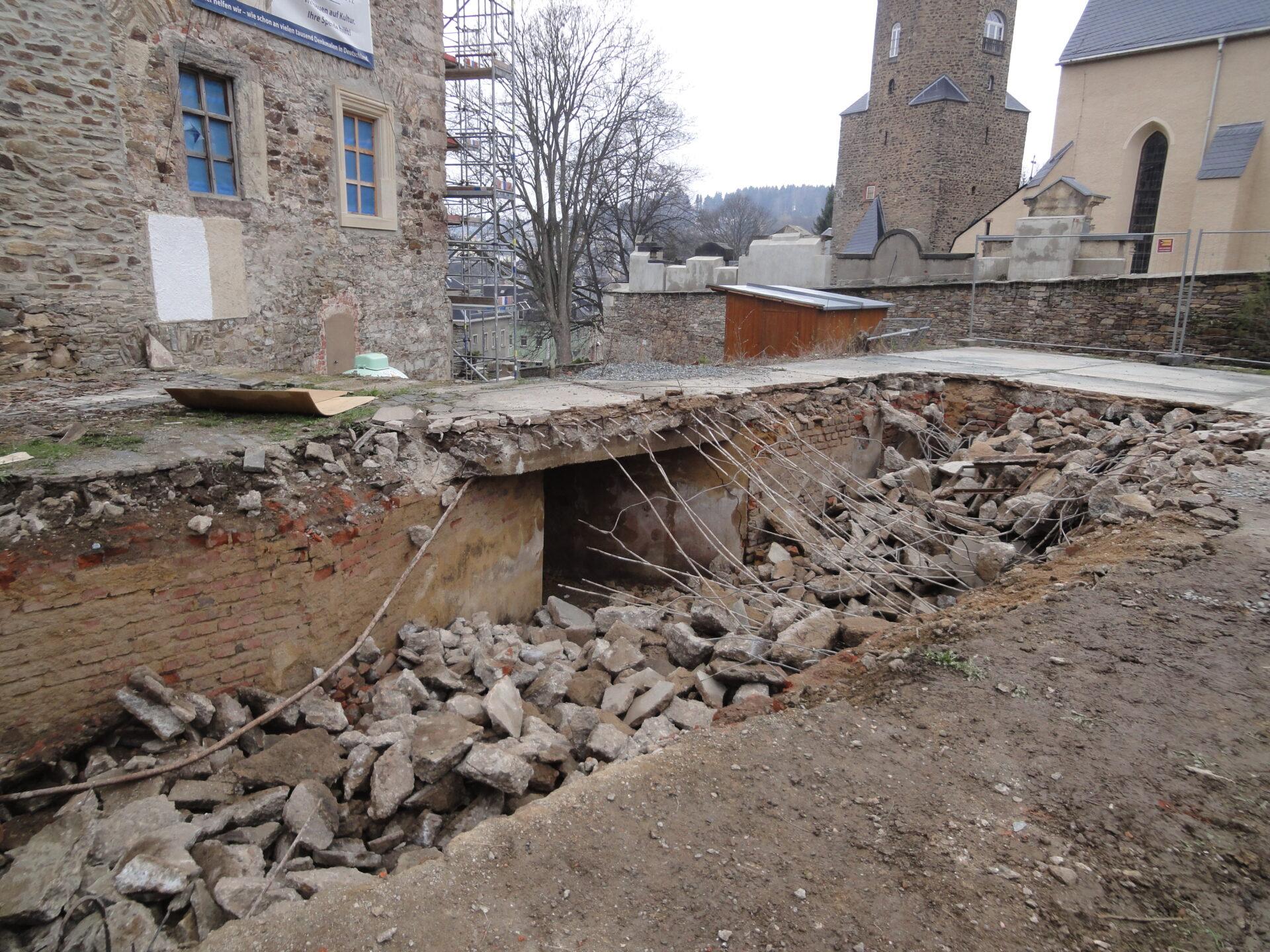 Abriss des alten Kohlenbunkers